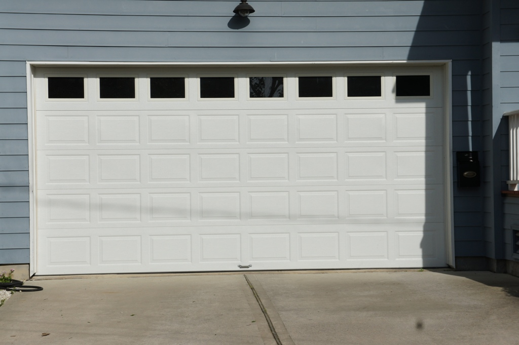 Looking for Garage door repair Austin? Chameleon Overhead Doors