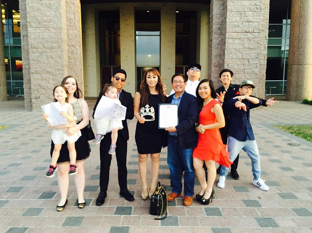 Dr_Sam_Nguyen___Proclamation_City_of_Frisco_with_her__Family
